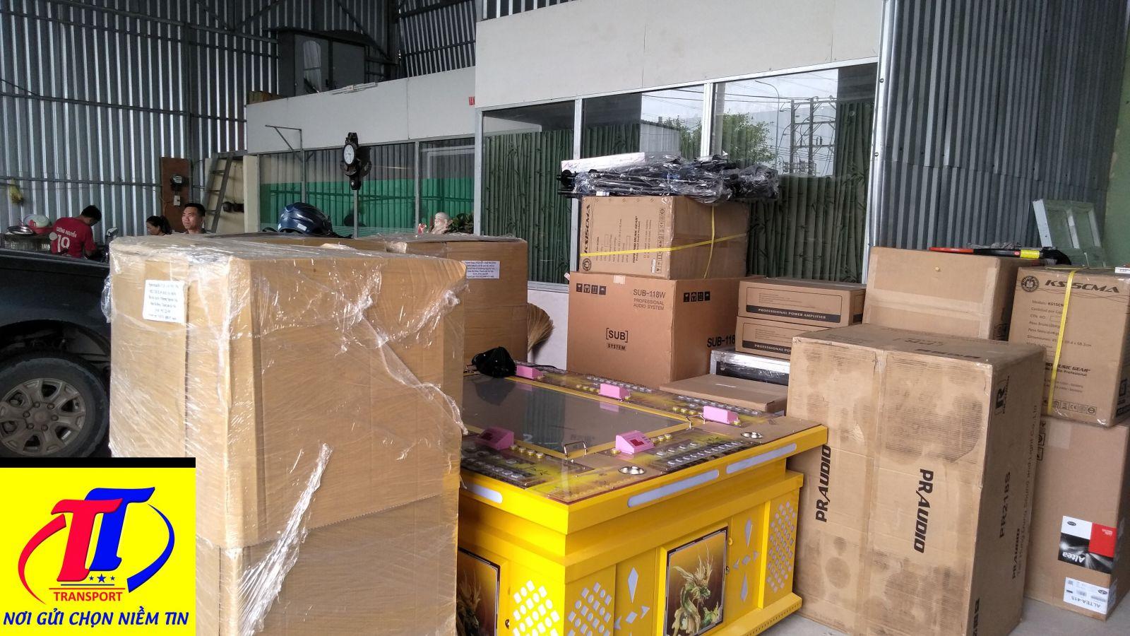hang-hoa-van-chuyen-container-lanh
